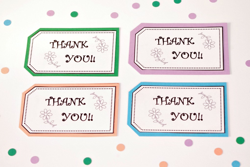 Thank You, Thank You Tags, Free Printable, Free Printables, Printable, Printables, Favor Thank You Tags, Thank You Labels, Fiskars Paper Trimmer, Organized Gift Tags